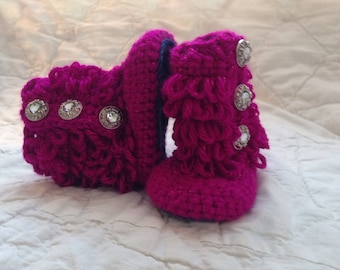 Hot pink fuzzilicious baby boots