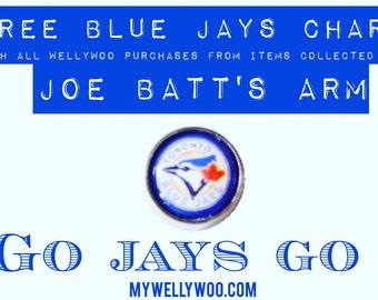 Toronto Blue Jays Charm necklace with Sea Shell from Joe Batt's Arm, Newfoundland, Canada