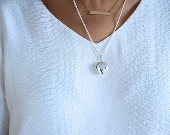 Solid Sterling Silver Medium Heart locket Necklace, A Truly Heirloom Silver Locket jewelry. Choose your chain.  R-18. 14mm