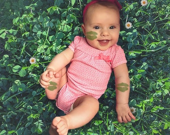 St. Patty's Day Digital Backdrop - Shamrock - Field - Clovers - Green - Toddler, Newborn, Baby, Digital Background - Instant Download - Prop