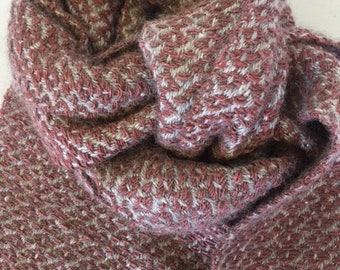 Cosy, luxurious scarf in alpaca and silk