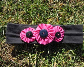 Fabric headband with yo-yo's