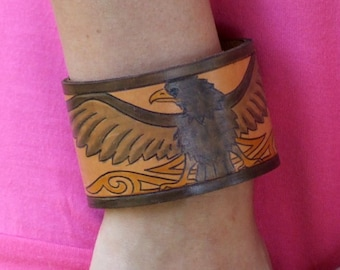 Leather bracelet. Hand painted eagle, 2 inches wide.