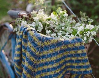 Antracita Crochet Shawl pattern, Shawl crochet pattern, The Crochet Project.