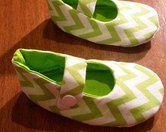 Lime Chevron Jane Toddler Shoes Size 12-18mths