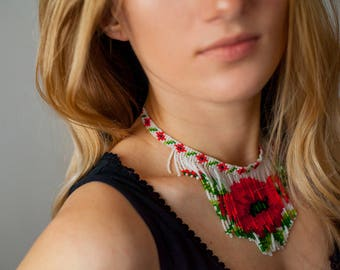 Red poppies - necklace of beads, red flowers, necklace of poppies, beadwork, handmade, gift for her, Ukrainian style, falling necklace