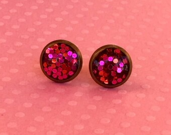 The Katherine Stud - Pink and Red Vixen (Antique Brass)