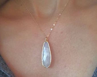 Moonstone Gold Necklace // Moonstone Pendant Necklace // Moonstone Necklace