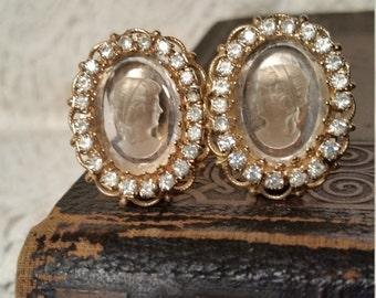 Vintage clip on earrings Warner vintage earrings, vintage jewelry, vintage wedding jewelry, bride, mother's day gift, vintage Warner