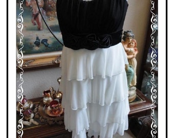 Black /White Layered Dress - Vintage Black and White  by Sweet Storm Size Small CLO-155a-050514005