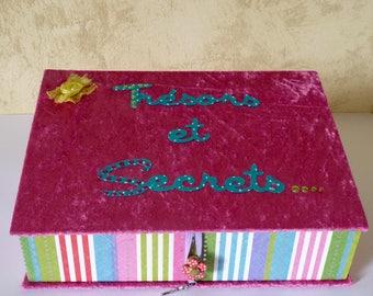 Box treasures and secrets