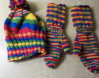kids hat and mitts
