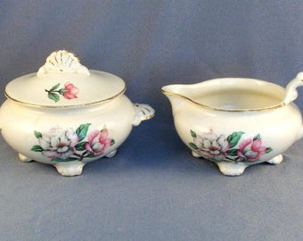 Vintage Ceramic Milk and Sugar Set // Cunningham & Pickett // Alliance Ohio // Made in USA // Magnolia // 22K Gold // Hand Decorated