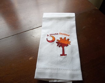 HOUSE DIVIDED -Clemson/USC guest towel