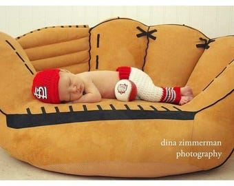 St. Louis Cardinals Inspired Photo Prop Set / Baseball Hat & Pants / Size 0-3 Months **MADE TO ORDER**
