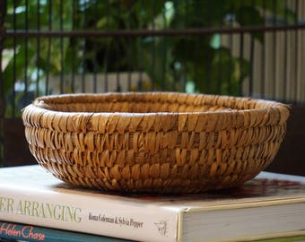 Antique East Coast Pine Needle Native American Basket/ Coiled Basket