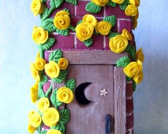 Miniature outhouse, fairy gardens, garden decor, terrariums, terrarium decor