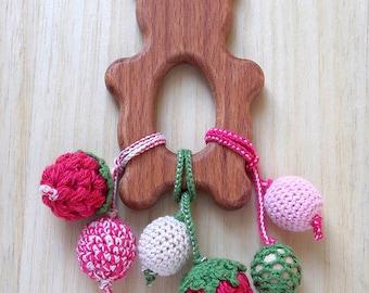 Bear teether Christmas wooden toy Wooden bear toy Safe teether Wooden animal teether Baby chew toy Crochet bear toy Newborn teething beads