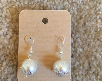 Dangle earrings Leafy Pearl handmade