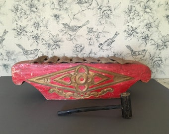 Indonesian Hand Hewn Saron Barung in Red and Gold for Gamelan Ensamble.