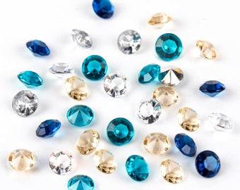 Diamond table confetti.