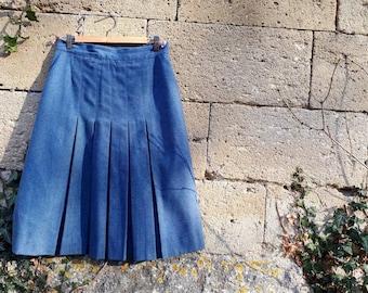 Vintage pleated vintage 1970's winter warm blue grey wool skirt.