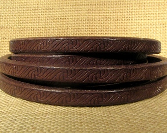 Regaliz Licorice Leather - Embossed - Brown - Choose Your Length