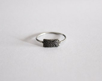Minimal ring with textured detail, 925 silver ring, sterling silver ring.