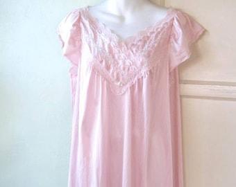 Flutter Sleeve Pink Vintage Nightgown w/ Lace-Embellished Low Neckline; Women's Medium Below-Knee Nightie; Flawed; U.S. Shipping Included