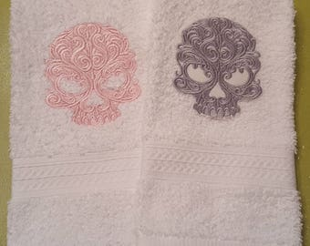 Skull Patches in Elegant Lace Design