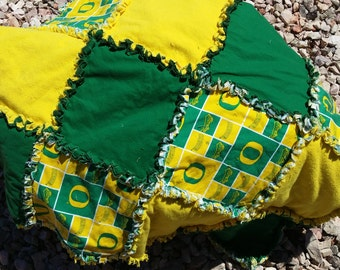 Oregon Ducks Rag Quilt