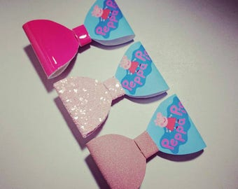 HANDMADE // Peppa Pig Hair Bow // Pink Glitter Bow// Peppa Hair Bow // Hair Bows // Girls Bows // Hair Accessories // Character Hair Bow