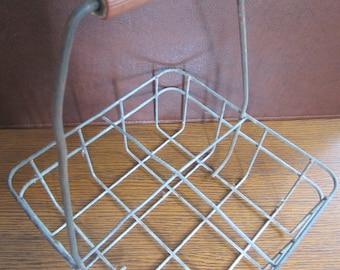 Vintage Wire Milk Carrier - Vintage Caddy - Farmhouse Decor - Rustic Decor - Industrial Decor
