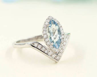 Aquamarine Engagement Ring, 0.28 ct High Quality Diamonds, Aquamarine Diamond Engagement, 10x5 AAA  Marquise Aquamarine.Engagement Ring.