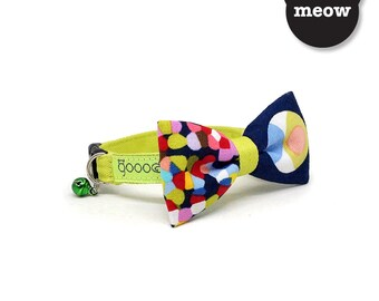 GOOOD Cat Collar   Mighty Bow - Picatsa   100% Pattern Blue Cotton Fabric   Safety Breakaway Buckle