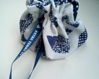 Small linen/cotton purse handmade 14 fish pattern