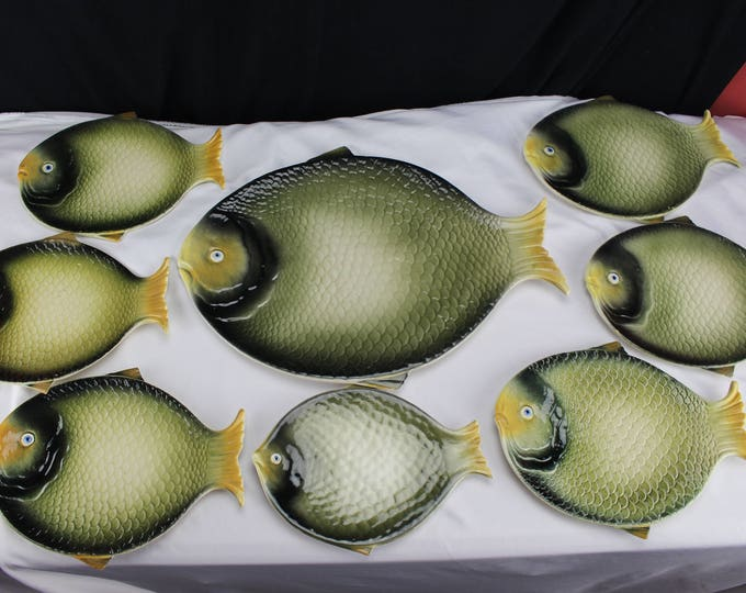 8 Mid Century Italian 'Faience' or 'Majolica' style Earthenware Fish Plates Collectible-Home decor-Serving Dinning