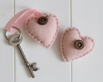 Felt Heart Brooch and Keyring Sewing Kit - Pastel Pink, Heart Gift Set for Mum, Auntie or Sister, Sew Your Own Hearts, Make Your Own Keyring