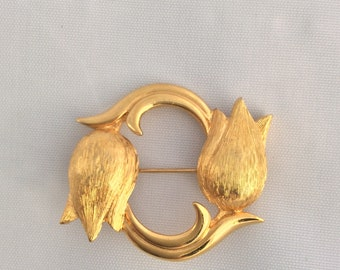 Monet Gold Floral Tulips Circle Brooch