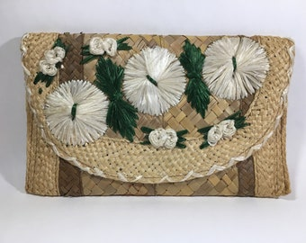 Vintage Woven Straw Reed or Grass Fold-Over Clutch Hangbag, Floral Woven Purse