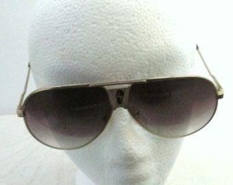 Marked Down@@Men's Uber Cool Vintage 80's,AVAITOR Style ELVIS Shades With THUNDERBOLT Emblem.