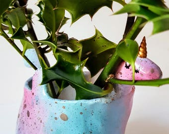 LUMPY UNICORN PLANTER - Standard - Magic Pond Spray - Cute Pop Tail - Golden Corkscrew Horn