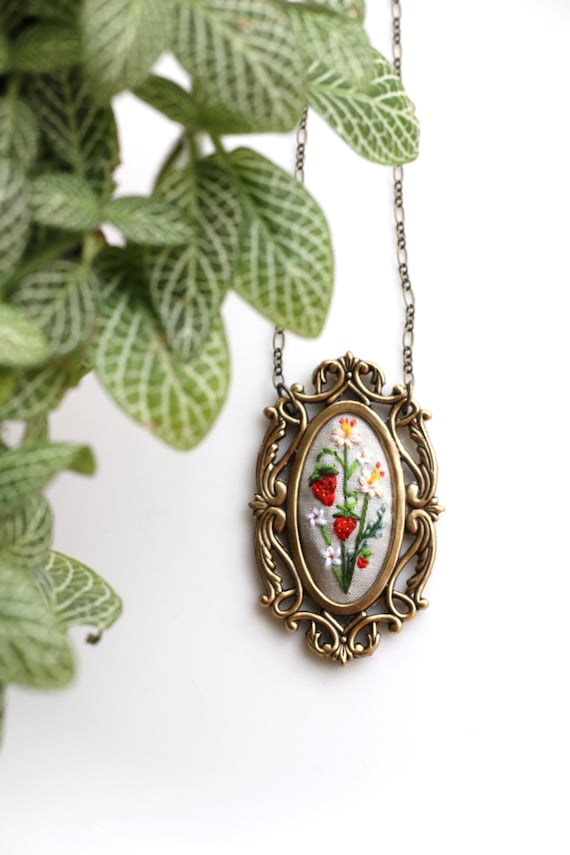 Strawberries- hand embroidered necklace, summer, flowers, floral, colorful, floral, red, fruit