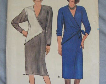 1980's Mises' Loose Fitting Straight Dress Uncut Butterick Sewing Pattern 6824 Size 12 14 16