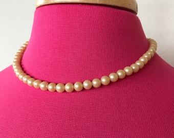 Vintage Japan Faux pearl necklace