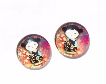 set of 2 Chinese pattern glass cabochon