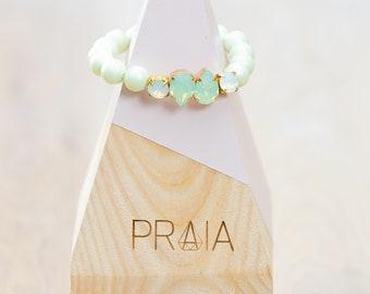 Green hadmade Swarovski pearl bracelet with swarovski crystals