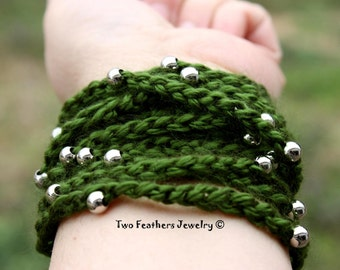 Green And Silver Crocheted Bracelet - Green Wrap Bracelet - Bead Crochet - Green Necklace - Gift for Her - Crochet Jewelry