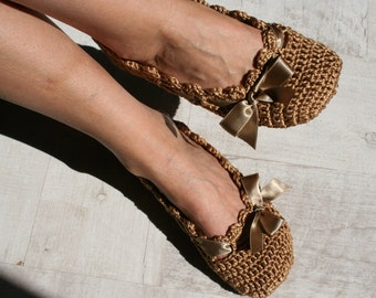 Cotton home shoes,  Golden crochet slippers for women,   House shoes, EllenaKnits