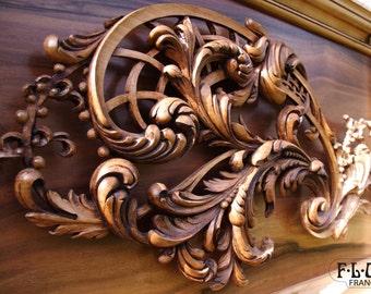 Acanthus wooden sculpture - dawn